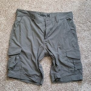 Mens dry fit cargo shorts Hurley size 34